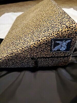 Liberator Wedge Leopard Print With Black Carry Bag