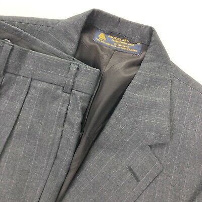 VTG Brooks Brothers Men's Gray Pinstriped Wool 2-Button Suit • Size 42R | 34x29