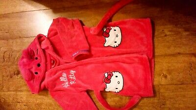 Girls pink hello kitty dressing gown matalan 6/7 years great condition
