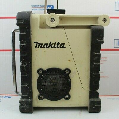 Makita BMR100 Jobsite Cordless Radio AM/FM Aux NO Cord No Battery TOOL ONLY