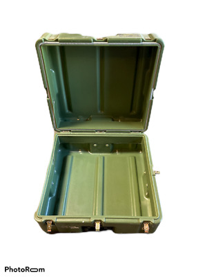 "Hardigg Surplus Military shipping Storage Gun Ammo Case 25"" x 24"" x 13"""