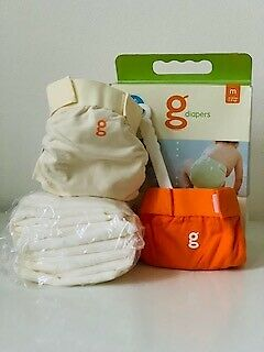 NEW gDiapers Starter Kit 2 Pants 10 Flushable Refills 2 Liners Medium 13-28 lbs