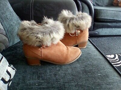 Girls River Island Tan Fur Trim Faux Suede Ankle Boots Size 1