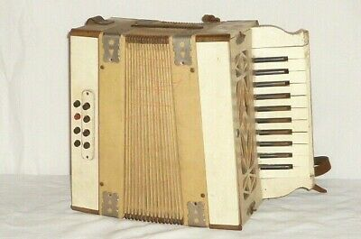 Old Wood Accordion Harmonica Accordeon Bandoleon Accordion Stahltöne?