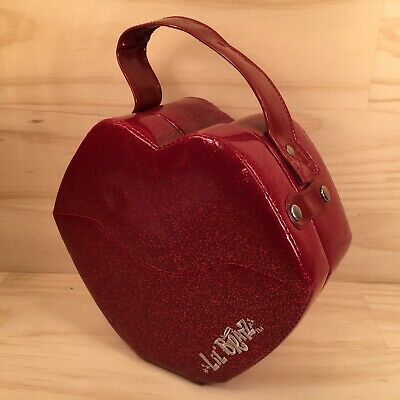 "LIL' BRATZ ""Glittery Red"" Awesome Novelty Shaped Doll Accessory Storage Case"