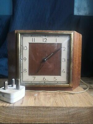 Smiths Sectric Electric Art Deco Style  Wooden Mantle Clock