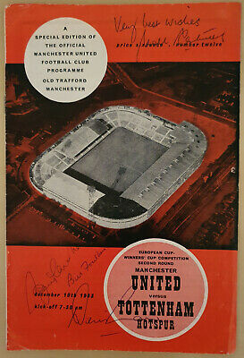 MANCHESTER UTD Signed EUROPEAN CUP Programme CHARLTON LAW FOULKES CANTWELL COA