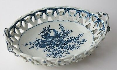 Worcester 1st Period porcelain pine cone pattern arcaded and pierced dish. c1770