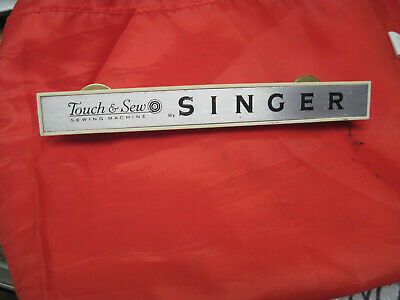 Singer Touch & Sew Sewing Machine Portable Case Handle Vintage