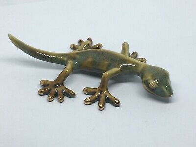 Adorable Ceramic Design Lizard Figurine With Gold-Tone Tips
