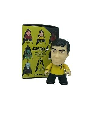 Titans STAR TREK TOS Where No Man Has Gone Before SULU 1//40 CHASE Vinyl Figure
