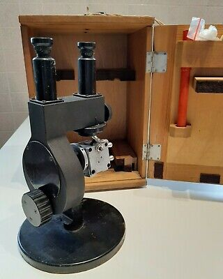 Vintage Abbe refractometer JENA. Made in Germany. Rifrattometro di Abbe.