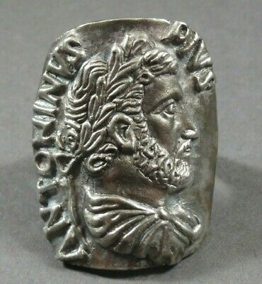 Beautiful Ancient Roman Silver Ring Depicting Emperor Antoninus Pius 138-161 AD