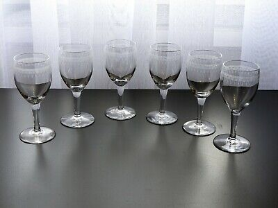 6 Anciens Verres De Table Vin En Cristal Grave De Saint Louis Baccarat