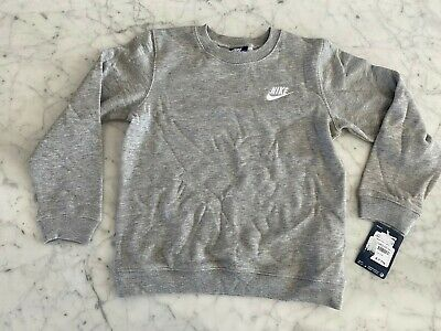 New Nike Kids Jumper Size 6-7 Years