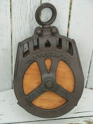 Vintage Large F.e.myers Cast Iron And Wood Farm Barn Hay Pulley Rustic Decor