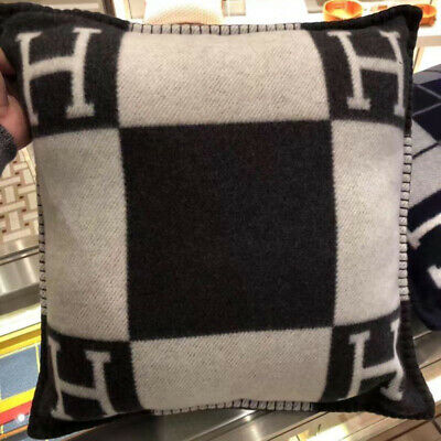 Luxury H Blanket Wool Classic Cashmere Throw Cape Scarf Home Travel Pillow Case