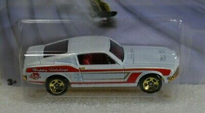 Hot Wheels 2015 Walmart Exclusive Holiday '67 Custom Mustang #2/6