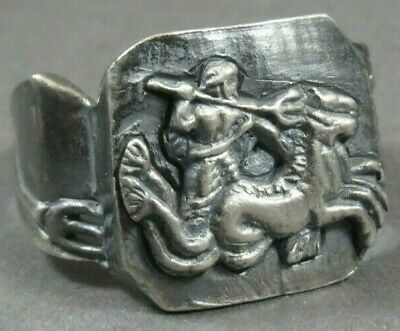 Scarce Ancient Roman Military Legionary Silver Ring Neptune Circa 200 BC - 80 AD