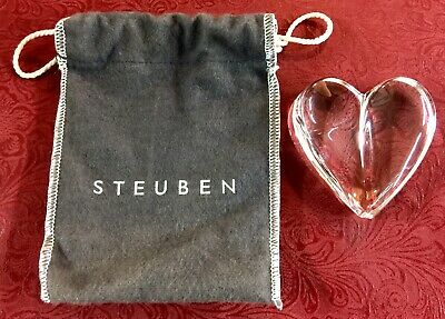 Signed Steuben Crystal Loving Heart Paperweight 8771 with Bag