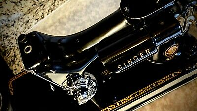 Elegant Singer 221 Featherweight, loaded w/ Original Papers & accessories
