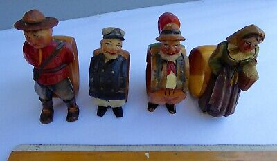 FOUR wood hand carved polychrome napkin rings - French Canada circa. 1930