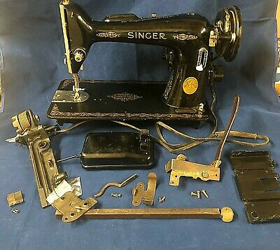 Vintage Singer Sewing Machine MODEL CAT 13.R.8S