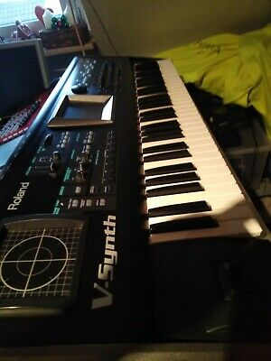 ROLAND V-SYNTH Version 2.0 V Synth full working No Cats No Smoke TOP