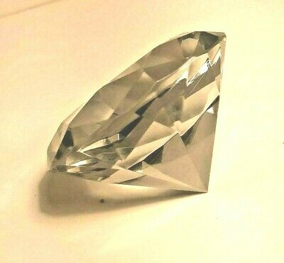 Clear Crystal Diamond Shape Paperweight Glass Paperweight   pretty (D3)
