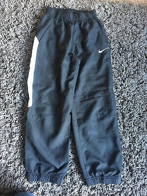 Boys Clothes Nike trousers and 5 tshirts some next age 9
