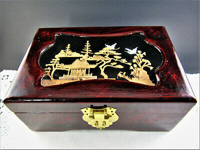 Vintage Chinese Wooden Lacquered Cork Carved Jewelry Trinket Box   (E65)