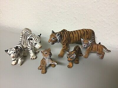 Schleich Tiger Set of 6 - 2 Adults, 4 Cubs - White Tigers