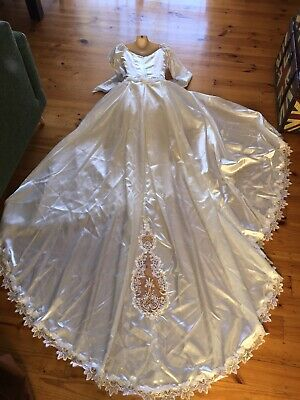 Vintage 80's Short Wedding Dress With Removable Train & Cushion Size Approx S/M