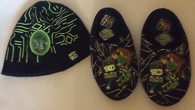 Ben 10 Light Up Slippers Size 11 & Hologram Beanie Hat 4-8 Years Bundle