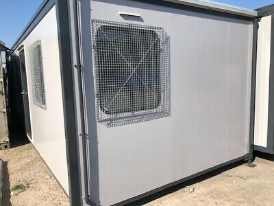 24ft portable accommodation cabin with electrics,heating,shower,toilet,kitchen