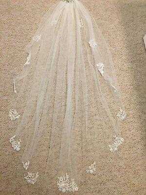 ivory wedding veil with comb