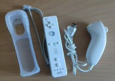 Official White Nintendo Wii Remote Controller And Nunchuck Wiimote Nunchuk