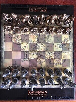 LORD Of The RINGS : FELLOWSHIP Of The RING - PEWTER & BRONZE EFFECT CHESS SET