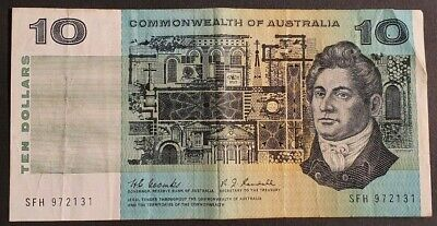 COMMONWEALTH of AUSTRALIA - $10 Note - Signed by COOMBS/RANDALL