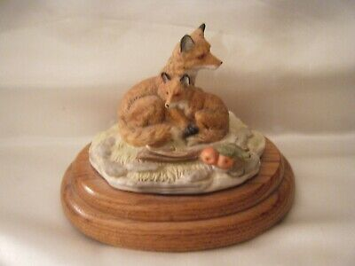 Willitts Music box FOXES by Lynn Chase