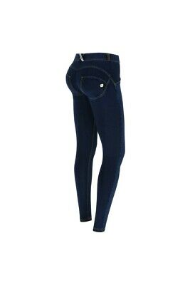 FREDDY  WR.UP® Skinny Vita Regular con fondo svasato in denim sfrangiato