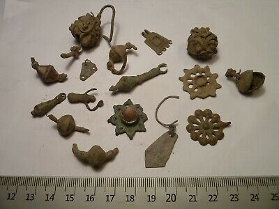 6621	Lot of 16 ancient Roman, Byzantine, Medieval and Late Medieval broken earri