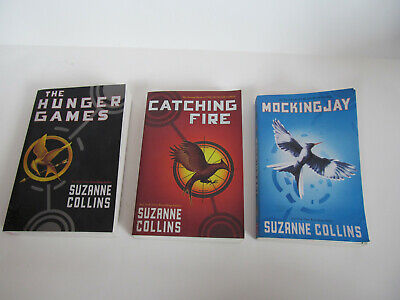 Hunger Games Trilogy 3 Book Set Complete Series Suzanne Collins Catching Fire
