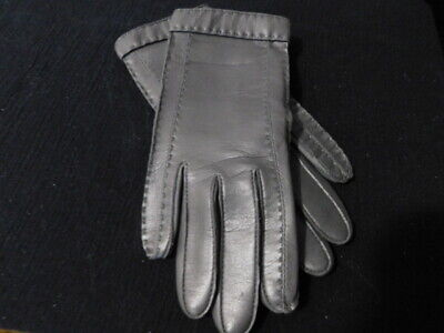 Pair Of Great Looking Vintage Gray ARIS Leather Gloves in Size Medium Women's