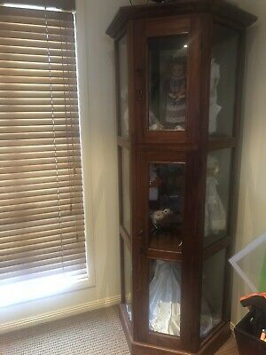Heritage Heirloom Doll Collection And Storage Cabinet Excellent Collectors Item