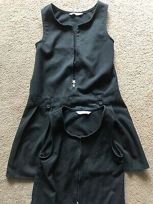 pinafore dress Size Age 8-9