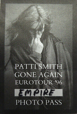 PATTI SMITH concert photo pass Gone Again 96 Tour London England 8th August 1996