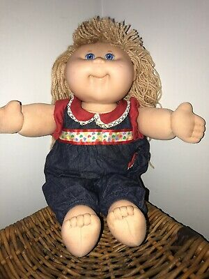 Canbage Patch Kids Doll 2004 Girl Blonde Wool Hair Blue Eyes Authentic Clothing