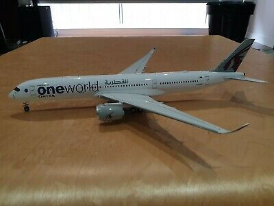 Inflight200 1/200 Qatar One World A350-900 A7-ALZ