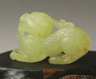 Old Chinese natural jade hand-carved statue of dragon